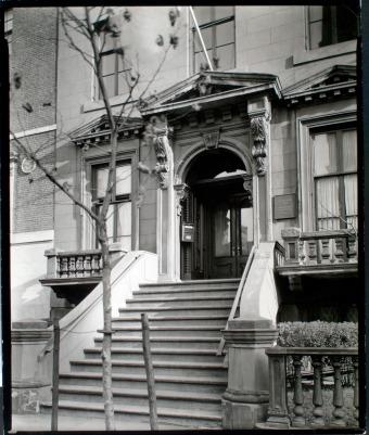 SALMAGUNDI CLUB 1947 VIA nypl.digitalcollections.jpg